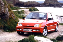 ford fiesta rs turbo occasion. Black Bedroom Furniture Sets. Home Design Ideas