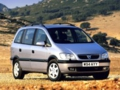 Vauxhall Zafira review covering 1999 - 2005
