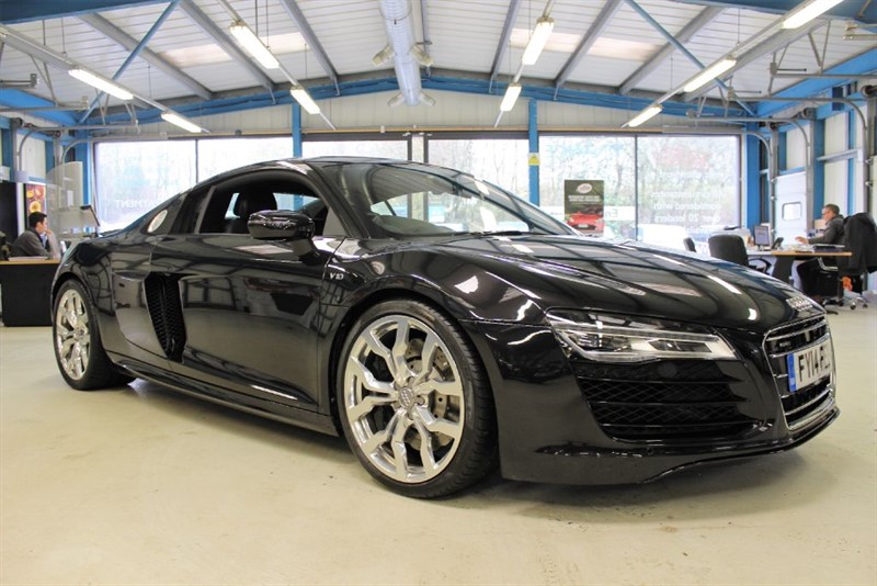 used Audi R8 V10 QUATTRO in basingstoke-hampshire