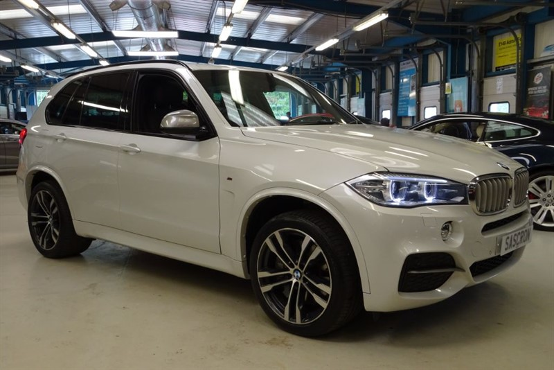used BMW X5 M 50D [1 OWNER/ 7 SEATS / PANO ROOF] in basingstoke-hampshire