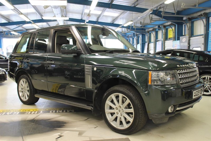 "used Land Rover Range Rover V8 AUTOBIOGRAPHY [NAV / TV / DAB /SUN ROOF /20""s] in basingstoke-hampshire"
