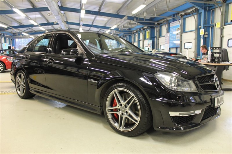 used Mercedes C63 AMG [SAT NAV / LEATHER / PARKTRONIC] in basingstoke-hampshire