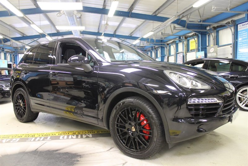 used Porsche Cayenne D V6 TIPTRONIC [SAT NAV / LEATHER / PANO ROOF] in basingstoke-hampshire