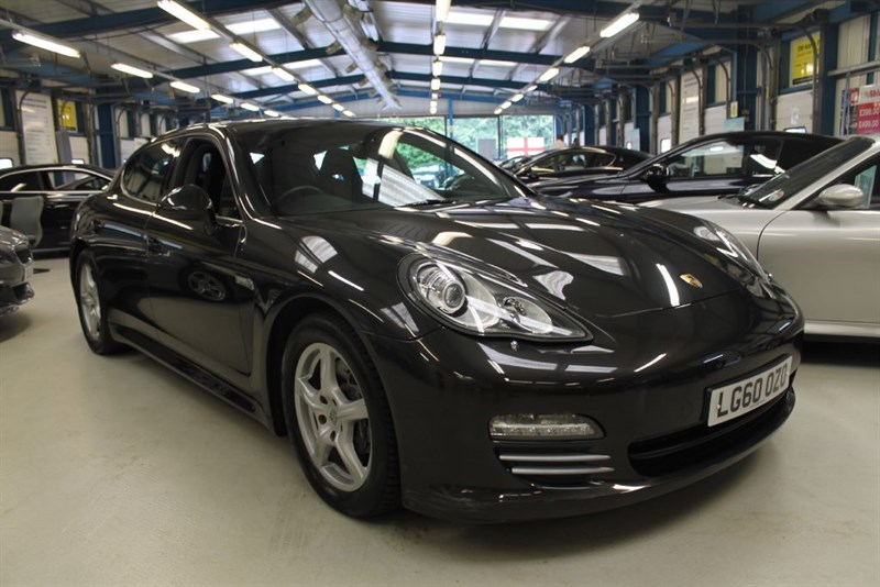 used Porsche Panamera V6 4 PDK [SUNROOF / 4 WD / 1 OWNER] in basingstoke-hampshire
