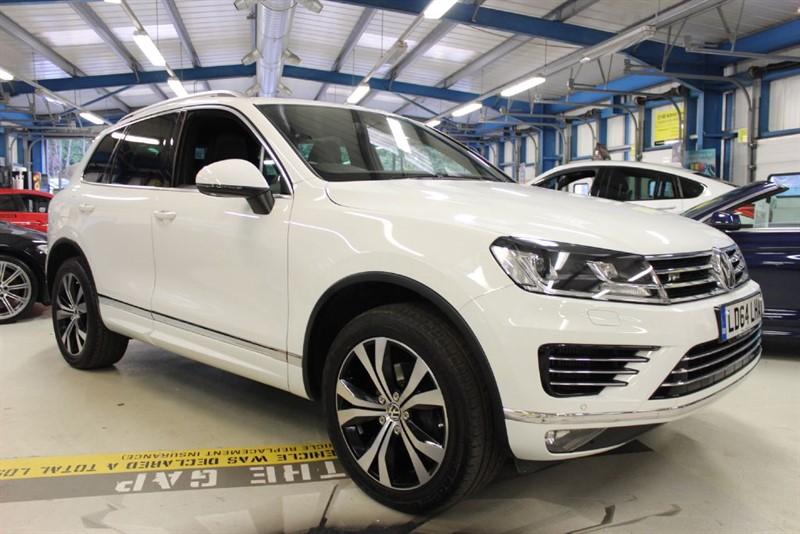 used VW Touareg V6 R-LINE TDI BLUEMOTION TECHNOLOGY in basingstoke-hampshire