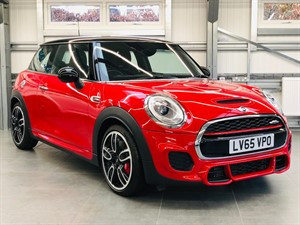 used MINI Hatch JOHN COOPER WORKS in hook-hampshire