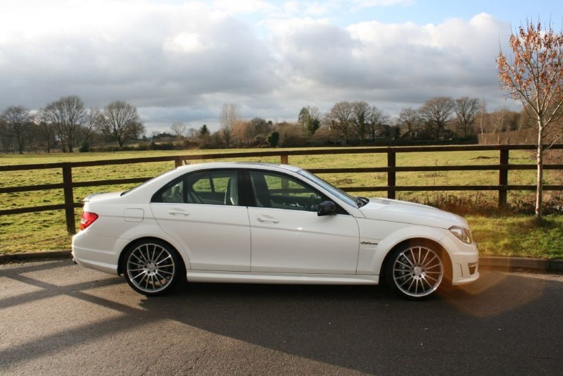 Used diamond white metallic mercedes c63 amg for sale surrey for Extended warranty for mercedes benz worth it