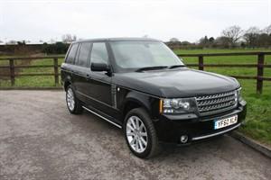 used Land Rover Range Rover TDV8 VOGUE (REAR ENTERTAINMENT) in aldershot-hampshire