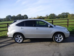 used Lexus RX 300 SE-L AUTOMATIC in aldershot-hampshire