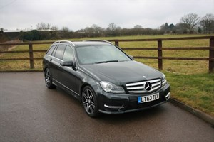 used Mercedes C250 CDI BLUEEFFICIENCY AMG SPORT PLUS(PANO ROOF & BECKER SAT NAV) in aldershot-hampshire