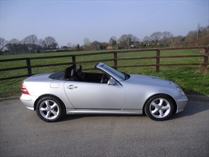 used Mercedes SLK320 SLK SLK320 in aldershot-hampshire