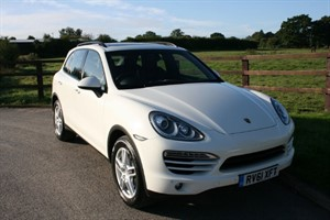 used Porsche Cayenne CAYENNE D V6 TIPTRONIC (PANO ROOF) in aldershot-hampshire