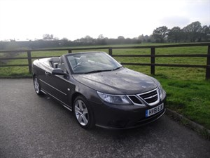 used Saab 9-3 1.8t SE LINEAR CONVERTIBLE  in aldershot-hampshire