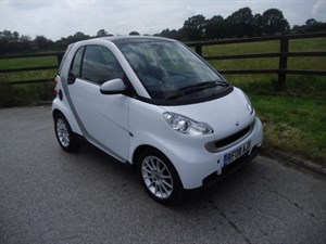 used Smart Car Fortwo Coupe PASSION (PANO ROOF) in aldershot-hampshire