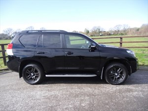 used Toyota Land Cruiser LC5 D-4D (REAR ENTERTAINMENT) in aldershot-hampshire