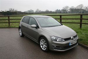 used VW Golf SE TDI BLUEMOTION TECHNOLOGY in aldershot-hampshire