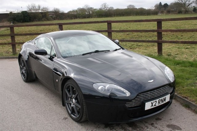 used Aston Martin Vantage V8 AUTOMATIC in aldershot-hampshire