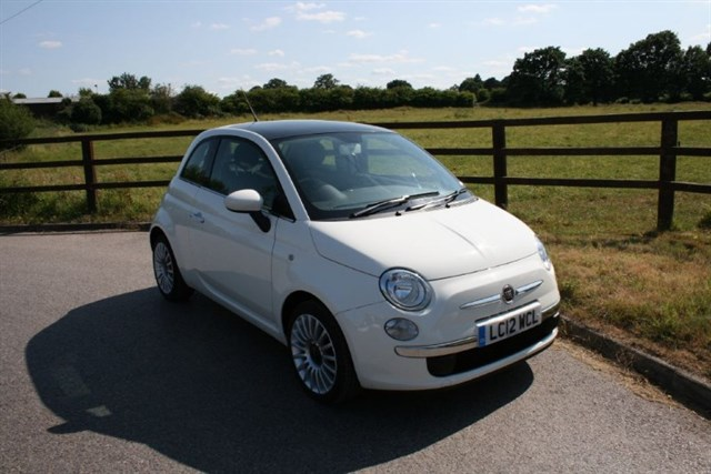 used Fiat  LOUNGE (PANORAMIC ROOF) in aldershot-hampshire