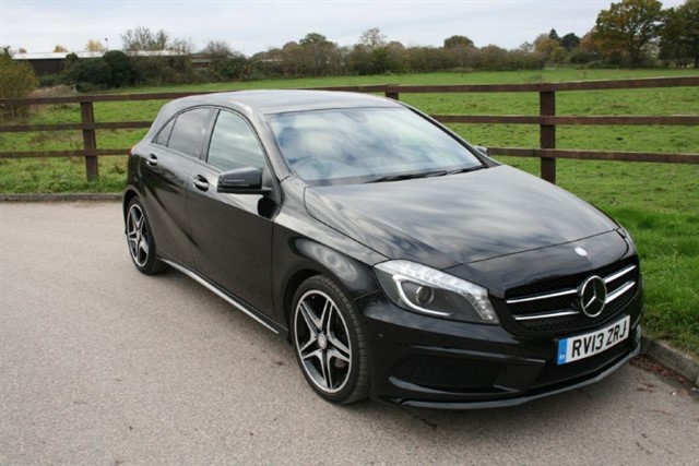 used Mercedes A200 BLUEEFFICIENCY AMG SPORT in aldershot-hampshire