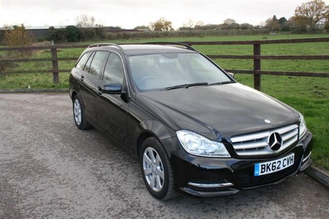 used Mercedes C200 CDI BLUEEFFICIENCY EXECUTIVE SE in aldershot-hampshire