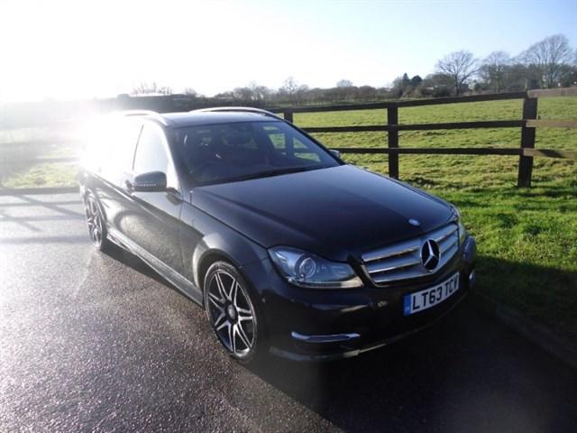 used Mercedes C250 CDI BLUEEFFICIENCY AMG SPORT PLUS(PANO ROOF & BECKER SAT NAV) in aldershot-hampshire