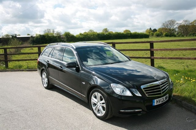 used Mercedes E220 CDI BLUEEFFICIENCY EXECUTIVE SE in aldershot-hampshire
