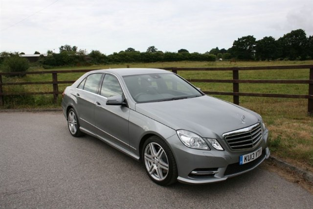 used Mercedes E350 CDI BLUEEFFICIENCY S/S SPORT in aldershot-hampshire