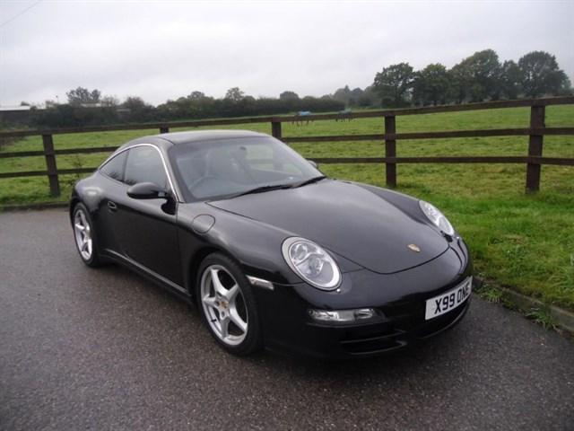 used Porsche 911 TARGA 4 (SAT NAV & PANO ROOF) in aldershot-hampshire