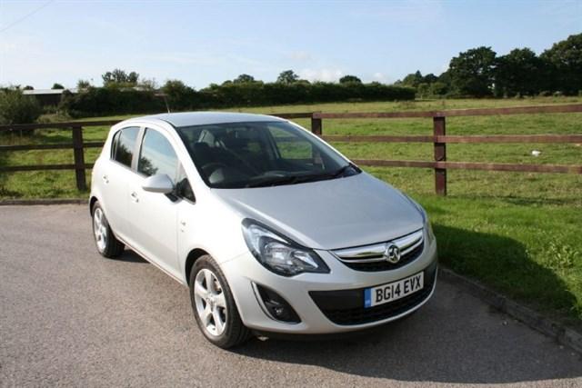 used Vauxhall Corsa SXI AC in aldershot-hampshire