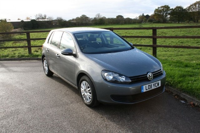used VW Golf S TSI in aldershot-hampshire