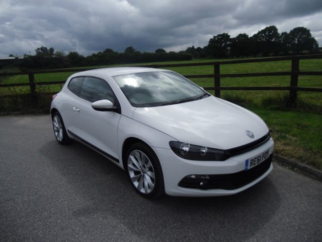 used VW Scirocco GT TDI BLUEMOTION TECHNOLOGY in aldershot-hampshire