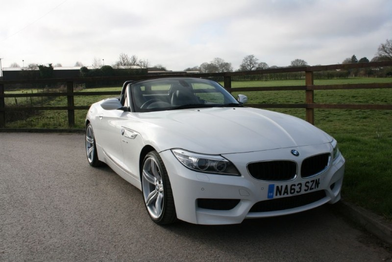 used BMW Z4 SDRIVE20I M SPORT ROADSTER in aldershot-hampshire