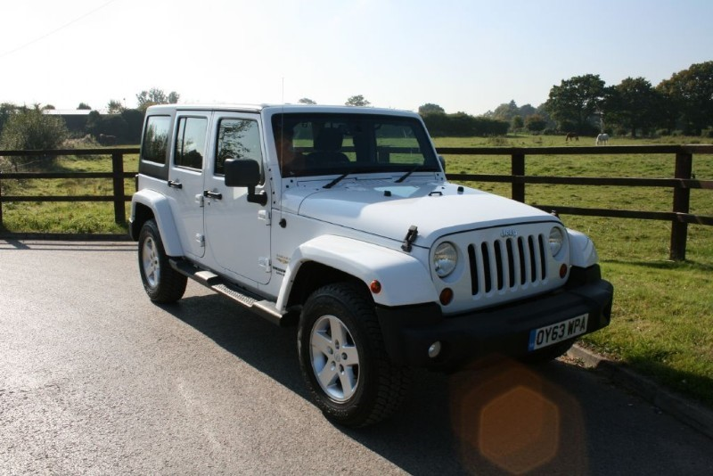 used Jeep Wrangler SAHARA UNLIMITED CRD in aldershot-hampshire