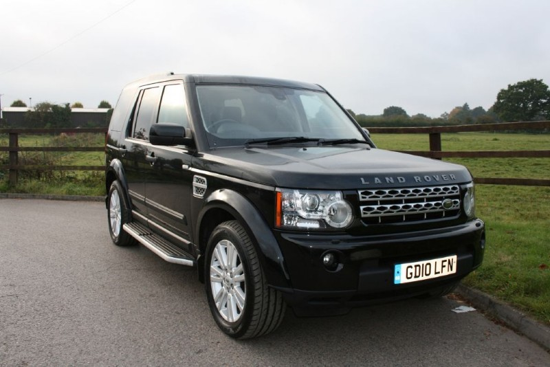 used Land Rover Discovery 4 TDV6 HSE (REAR ENTERTAINMENT) in aldershot-hampshire
