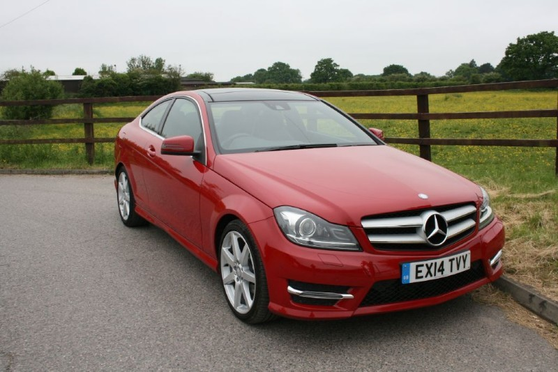 used Mercedes C220 CDI AMG SPORT EDITION PREMIUM PLUS(PANO ROOF + COMAND SAT NAV) in aldershot-hampshire