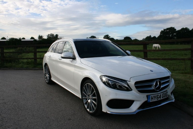 used Mercedes C250 BLUETEC AMG LINE PREMIUM( PANO ROOF, SAT NAV, BIG SPEC) in aldershot-hampshire