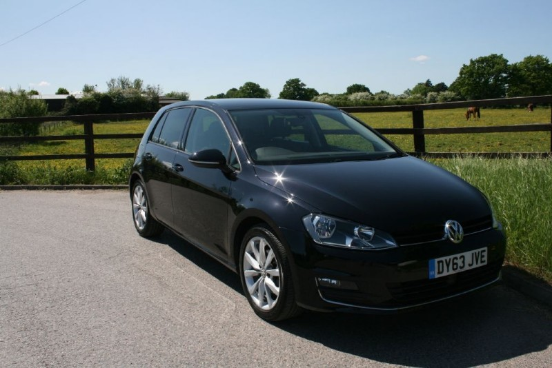 used VW Golf GT TDI BLUEMOTION TECHNOLOGY DSG in aldershot-hampshire
