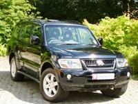 Car of the week - Mitsubishi Shogun Warrior 3.5 V6 GDI LWB Auto (14,000 miles) - Only £12,495