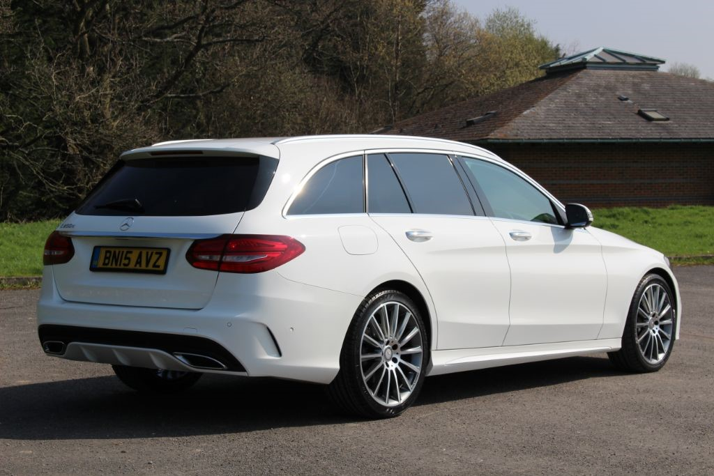 Used polar white mercedes c250 for sale hampshire for Used mercedes benz c250 for sale