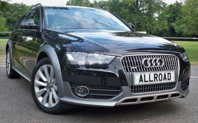 used Audi A4 allroad Tdi Quattro [177] (HDD SAT NAV+ !! FULL LEATHER !!) in chertsey-surrey