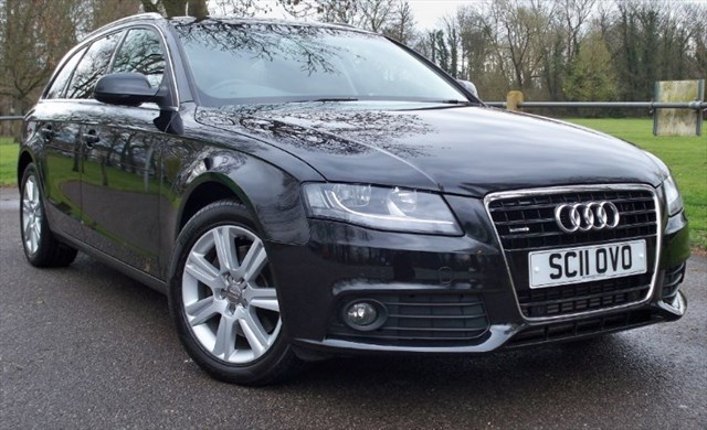 used Audi A4 Avant Tdi Quattro Technik [240] (SAT NAV+ !! LEATHER !!) in chertsey-surrey
