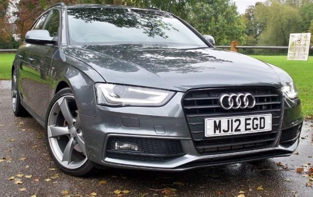 used Audi A4 Avant Tdi S-Line Black Edition [143] (SAT NAV+ !!) in chertsey-surrey
