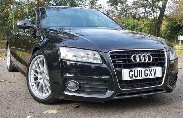used Audi A5 Tdi Quattro S-Line [240] (MASSIVE SPEC !!) in chertsey-surrey