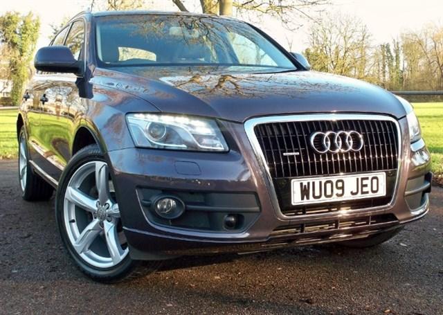 used Audi Q5 Tdi Quattro SE [240] (SAT NAV+ !! PAN ROOF !!) in chertsey-surrey