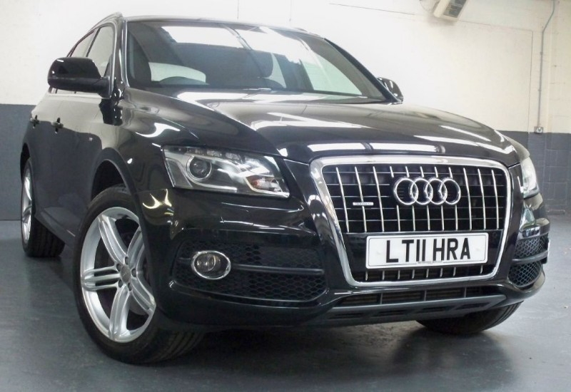 used Audi Q5 Tdi Quattro S Line Plus [245] (HUGE SPEC !!) in chertsey-surrey