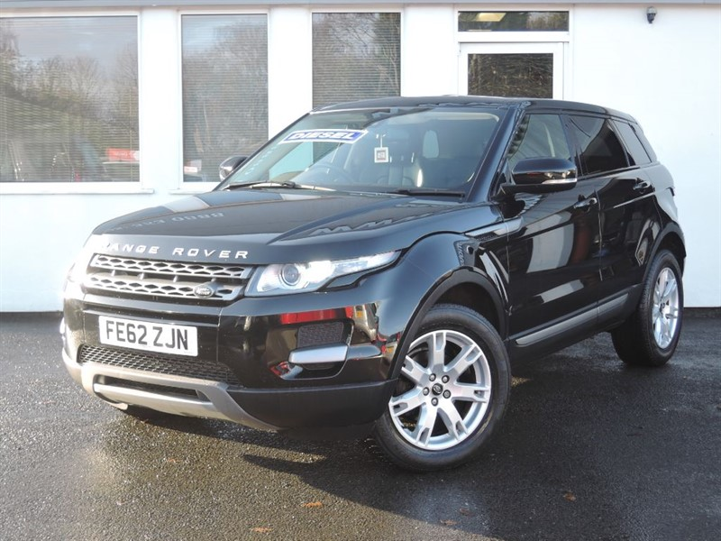 used Land Rover Range Rover Evoque SD4 PURE *Black Leather+Privacy Glass* in cheshire