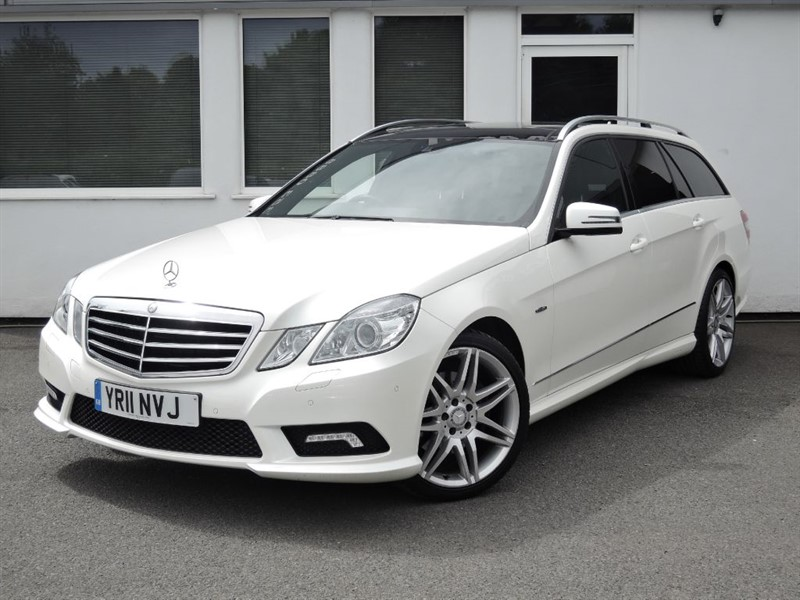 used Mercedes E350 CDI BLUEEFFICIENCY SPORT *Panoramic Roof + Sat Nav* in cheshire