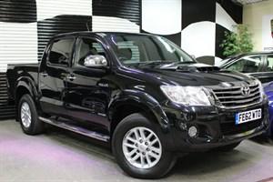Toyota Hilux D-4D Invincible Pickup