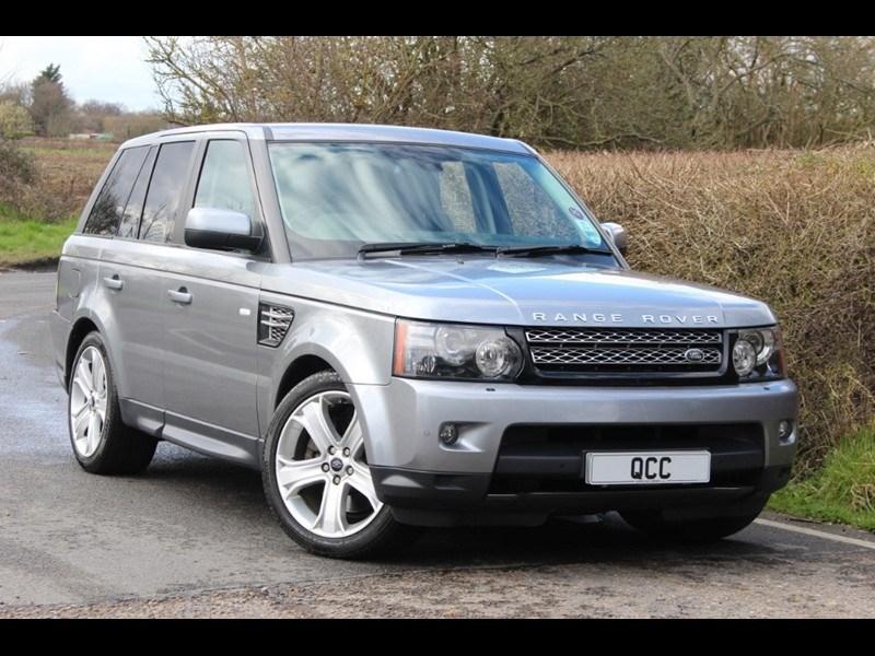 used Land Rover Range Rover Sport Sdv6 Hse Luxury TV SAT NAV in essex