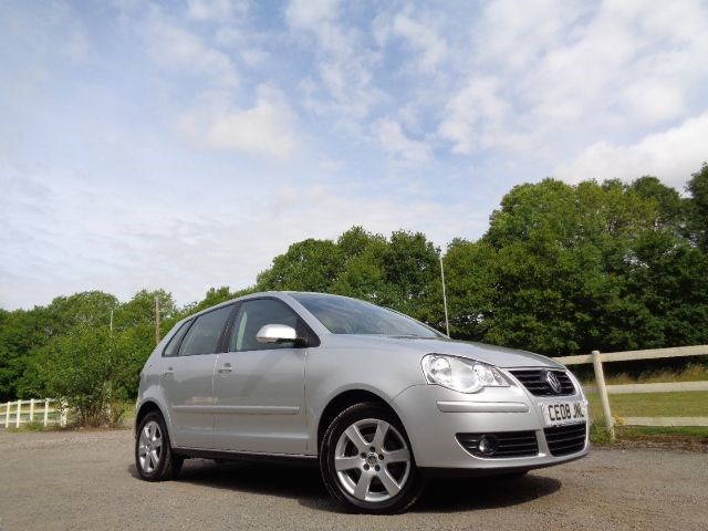 Car of the week - VW Polo MATCH AUTOMATIC SUNROOF HIGH SPEC ONE OWNER - Only £4,990